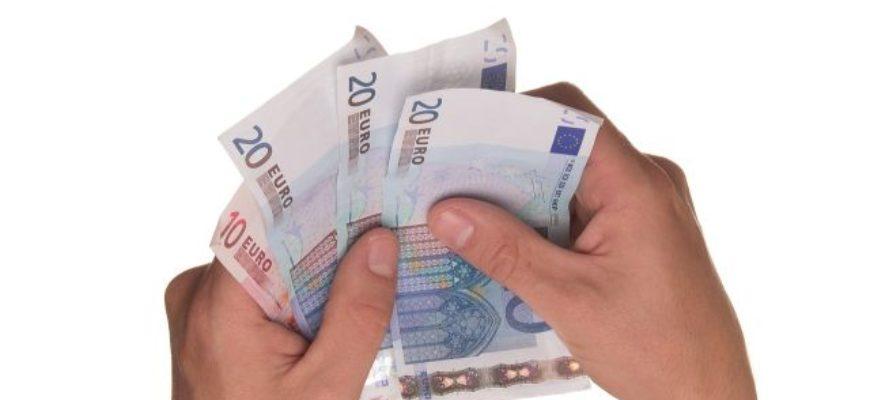 Půjčka je naprosto normální věc, občas ji totiž potřebuje téměř každý znás